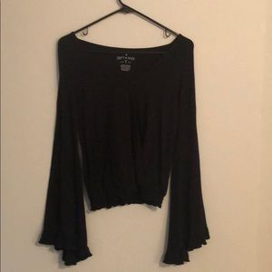American eagle long ruffled sleeve top